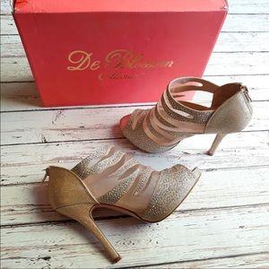 DE BLOSSOM Gold Rhinestone Wrap Peep Toe Heels 7